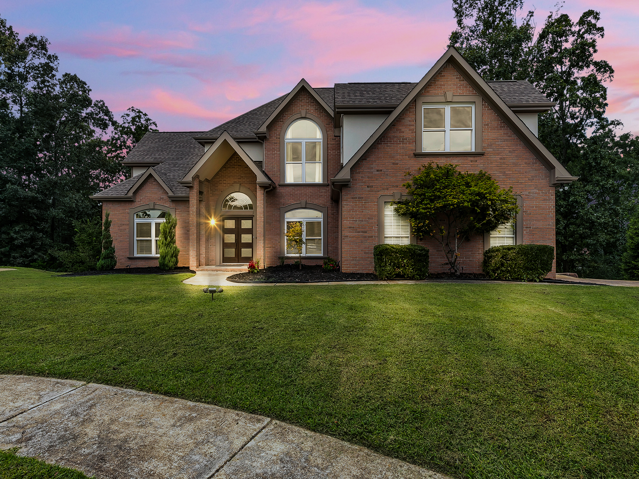 849A9408-Night Linen Crest Way - Ooltewah Real Estate Photography